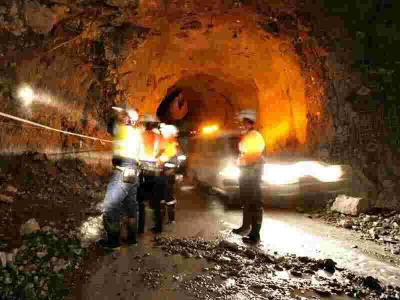 price of gold mining