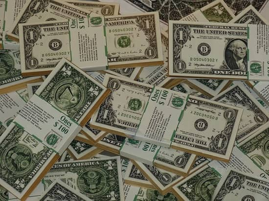 Gold vs Paper Money